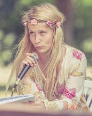 Ábelová, Mirka portréja