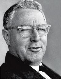 Shapiro, Karl portréja