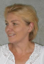 Thiele-Csekei Enikő portréja